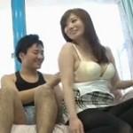 マジックミラー号 千乃あずみ 笑顔の綺麗な巨乳美女に手コキ射精